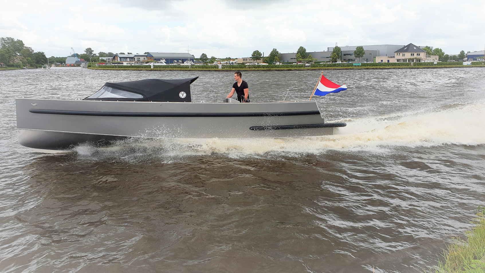 VanVossen Tender 888