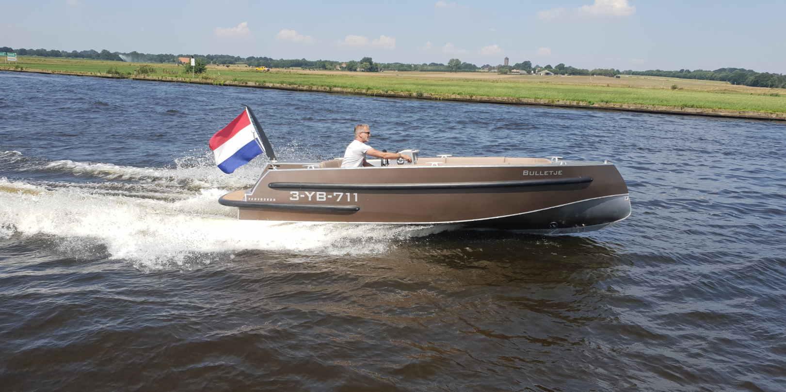 VanVossen Tender 600 Sport