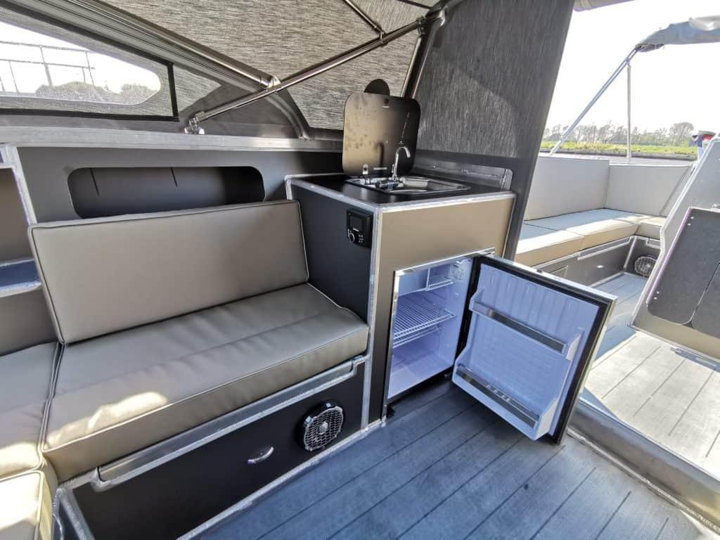 luxe in een aluminum bootje